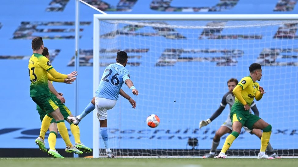FOUR-MIDABLE : Mahrez blasts in a fourth with seven minutes remaining.