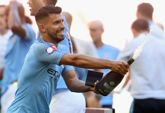 200 NOT OUT : Celebrating the 2018 Community Shield triumph, in which he scored his 200th goal for the Club in a 2-0 win over Chelsea.