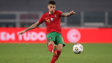 Cancelo Mencetak Gol Saat Trio City Bantu Portugal Buat Kemenangan Persiapan Menuju EURO 2020