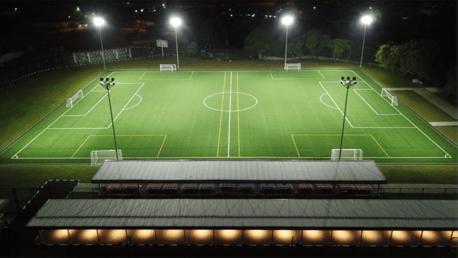 إطلاق أول مدرسة كرة قدم لمانشستر سيتي في جاكرتا