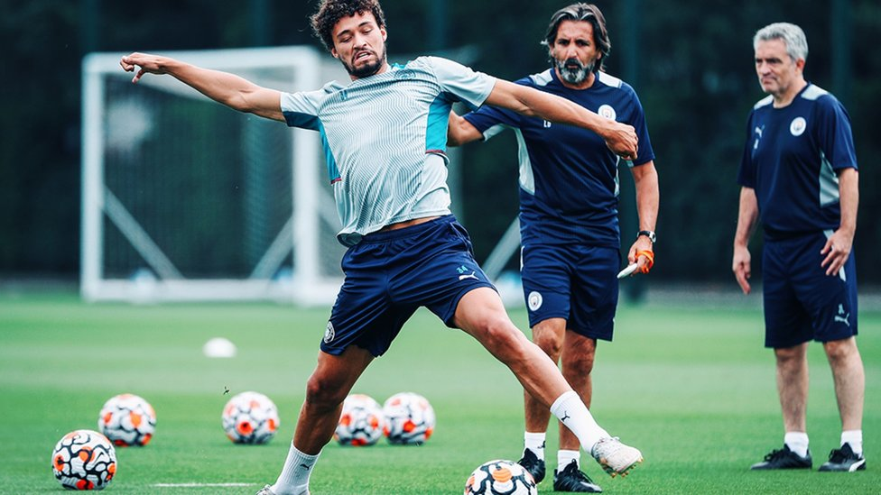 SANDLER STRETCH: Philippe Sandler gets the ball under his spell