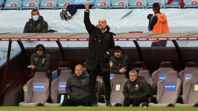 PEP TALK : The boss keeping the lads going in the final stages.