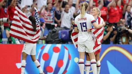 Hat-trick heroine Mewis excited by Dahlkemper arrival