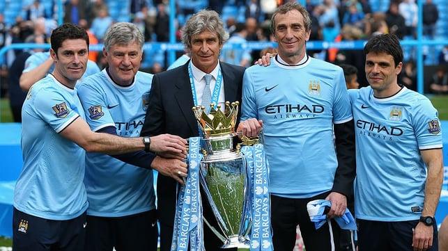 MAIO DE 2014 : Manuel Pellegrini leva o City ao segundo título da Premier League.