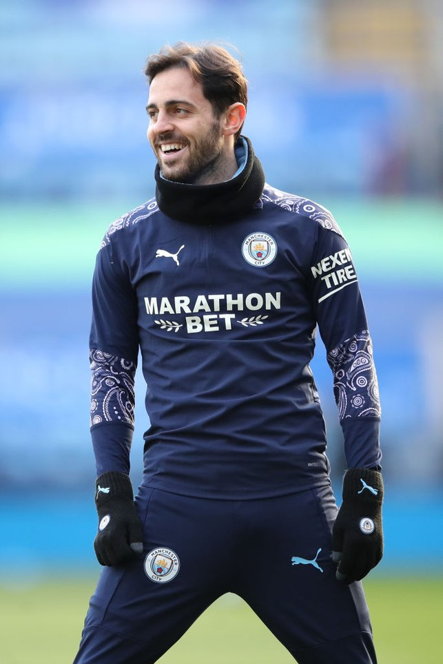 SMILEY SILVA : Bernardo is all smiles during the pre-match warm up.