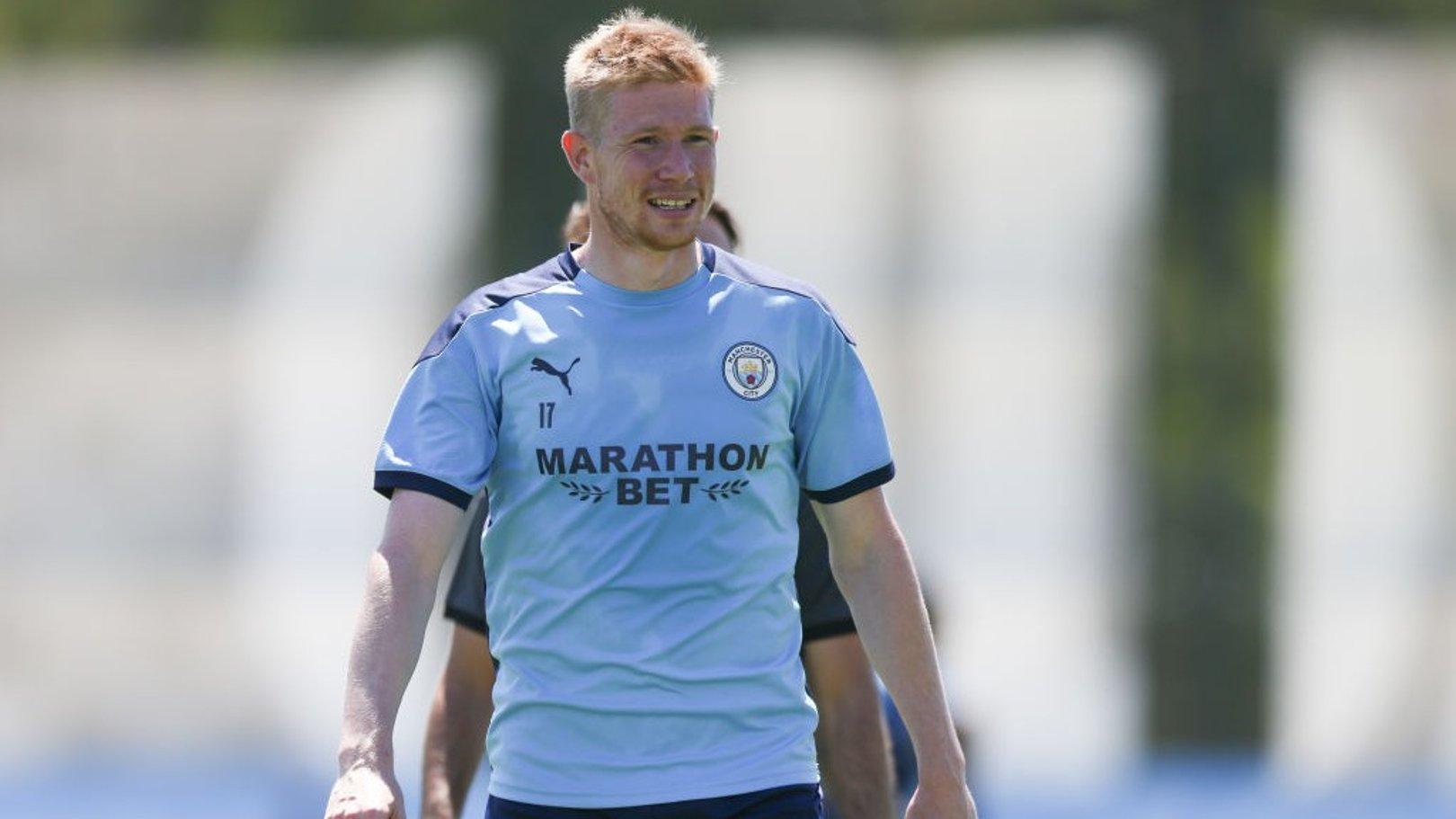 De Bruyne helps Belgium to comfortable win