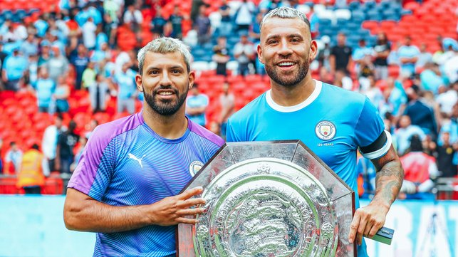 WEMBLEY WONDERS : The Argentine aces pose for another snap with silverware!
