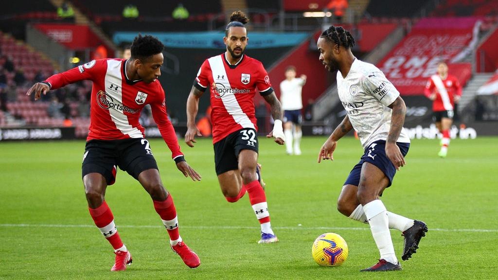 Gol Sterling Tenggelamkan Southampton