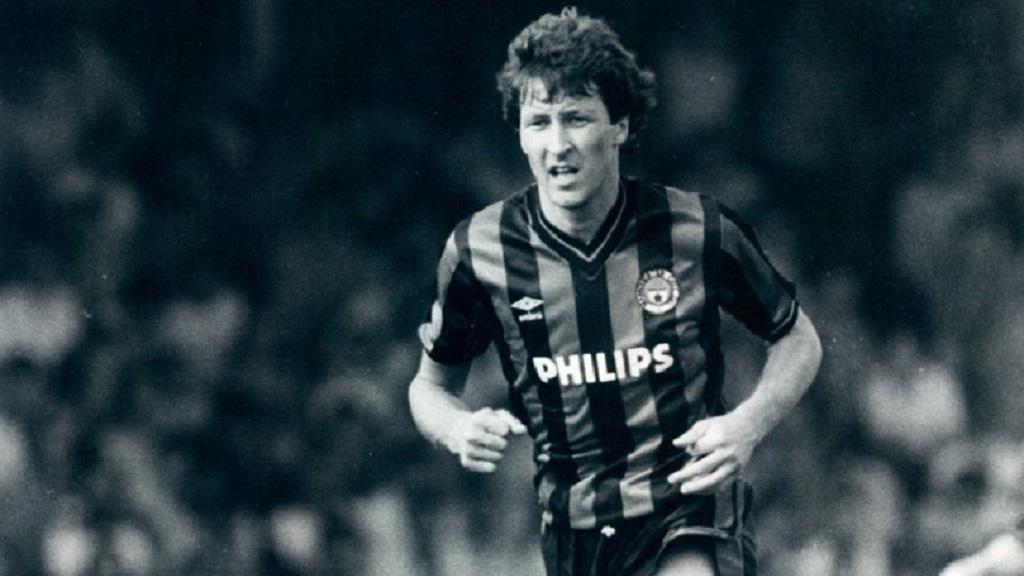 DEREK PARLANE : Classy striker