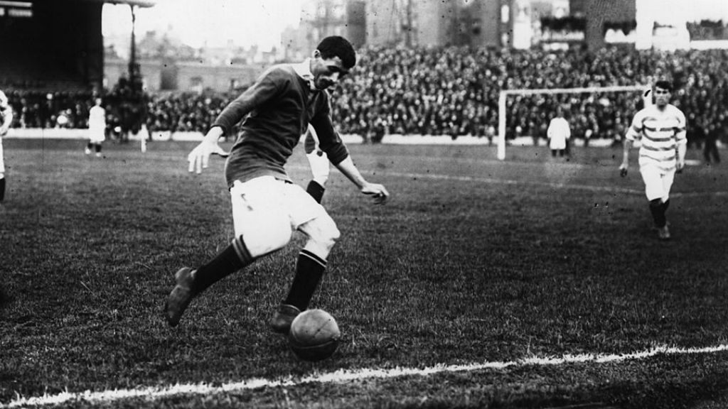 WELSH WIZARD : Billy Meredith enjoyed great success for both United and City