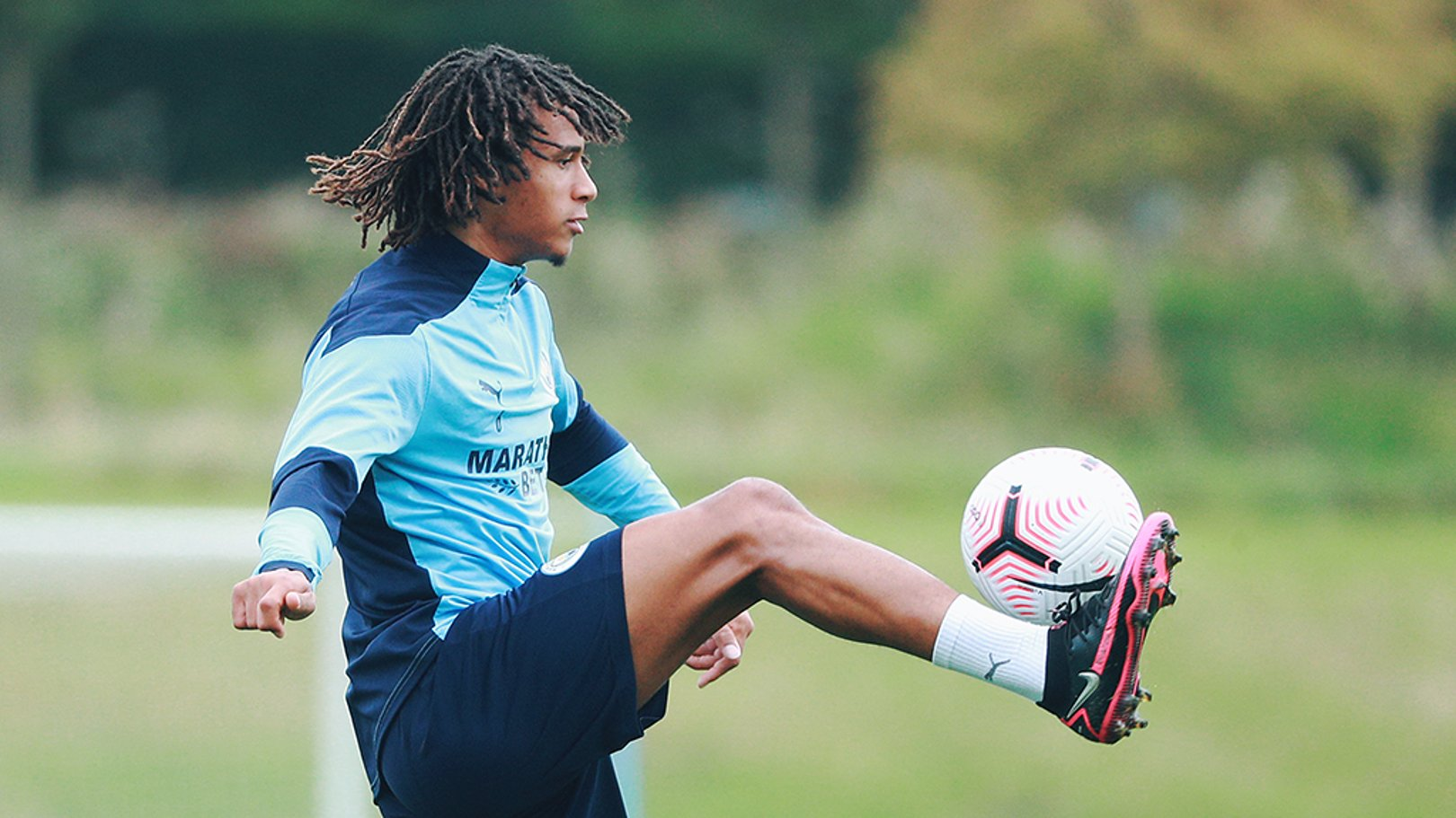 Ake starts for City - Torres on the bench