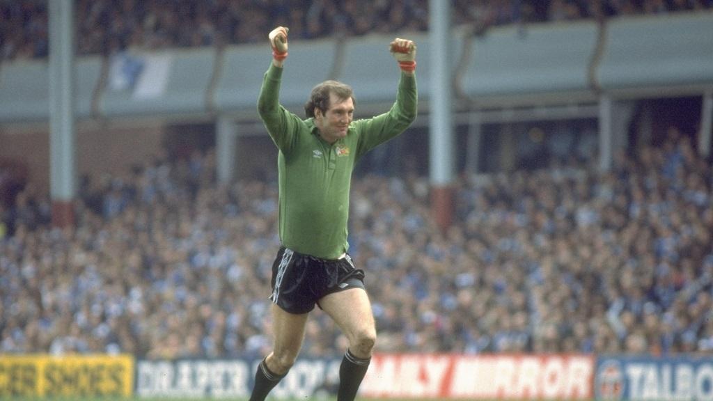 Joe Corrigan : Helen supplied his lucky heather sprig