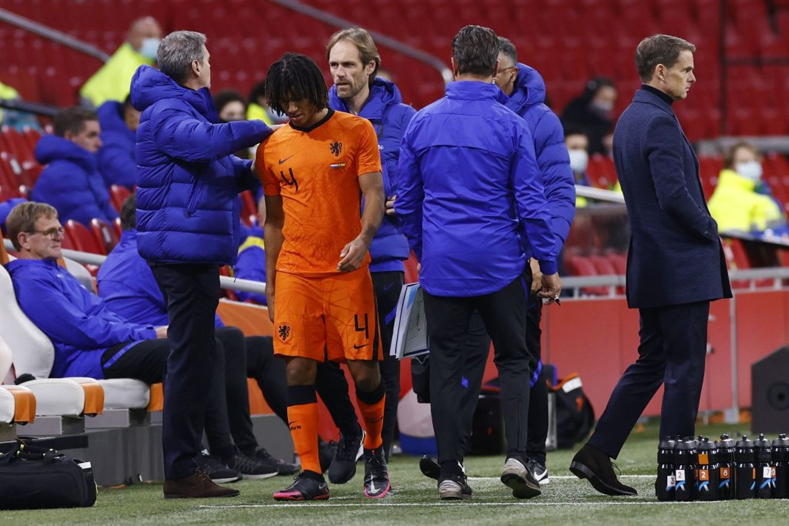 Ake injured as Holland draw with Spain