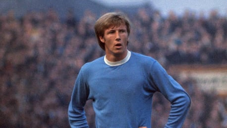 Fans invited to pay tribute to Colin Bell in our Book of Condolence