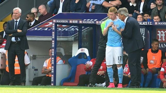 LANGKAH PERTAMA : De Bruyne melakukan debutnya dalam kemenangan 1-0 atas Crystal Palace pada September 2015, menggantikan Sergio Aguero pada menit ke-25.