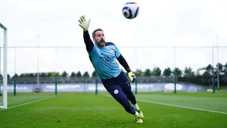 Carson handed debut as City make five changes