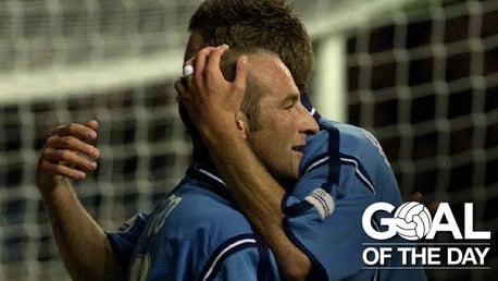 Goal of the Day: Tiatto v Liverpool 2001