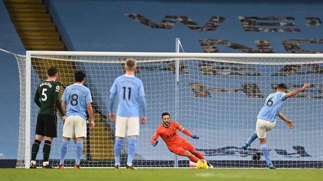 RODRI-GOAL : Rodri opens the scoring from the penalty spot!