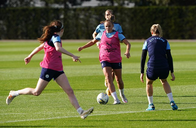 DRIVING FORWARD : Georgia Stanway sets her sight on goal