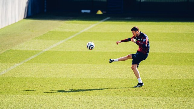 AYM, FIRE: A clean strike from Aymeric Laporte