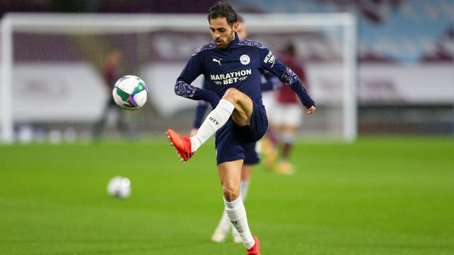SELAMAT DATANG KEMBALI : Senang melihat Bernardo kembali dan terlibat di laga perdananya musim ini