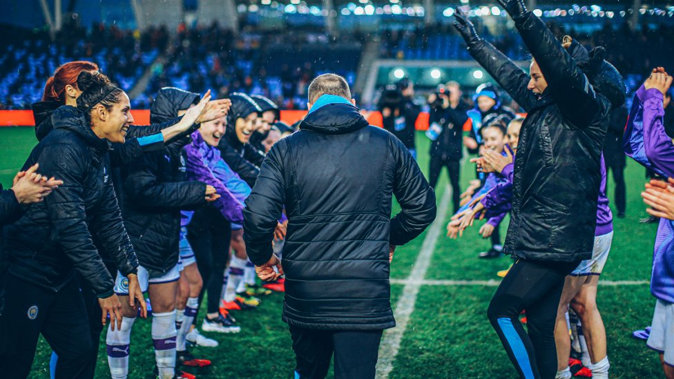 GUARD OF HONOUR : The players show their appreciation