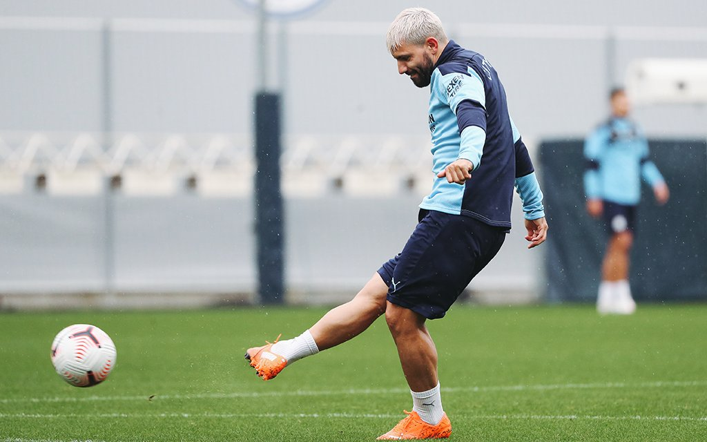 Training: Wet session for West Ham