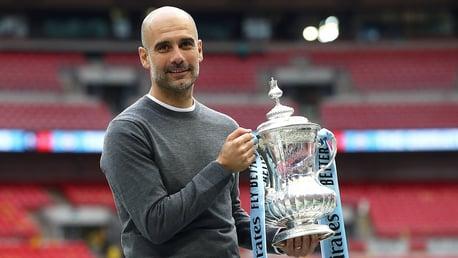 El Cheltenham Town rival en la cuarta ronda de la FA Cup