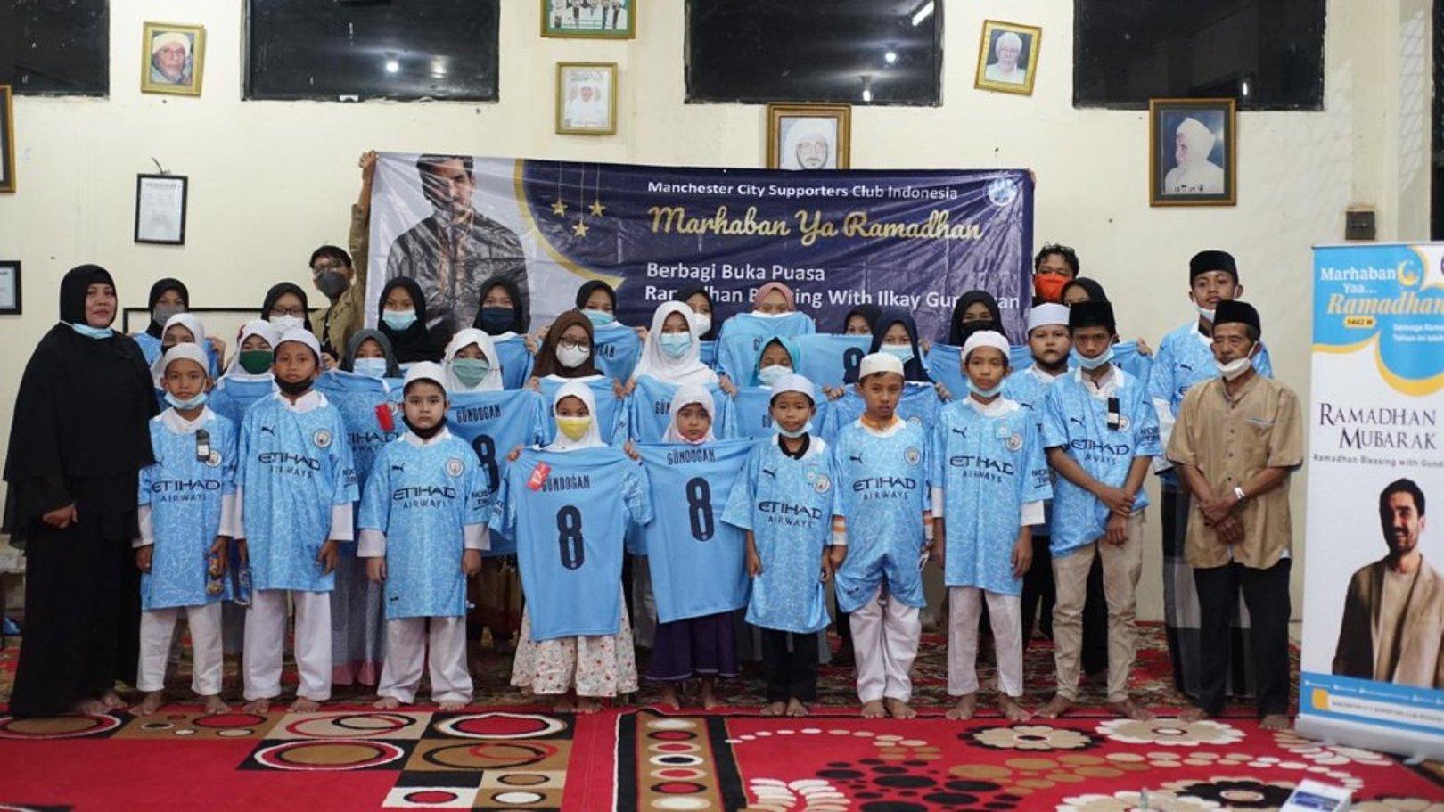 Gundogan donates meals to those in need across Indonesia