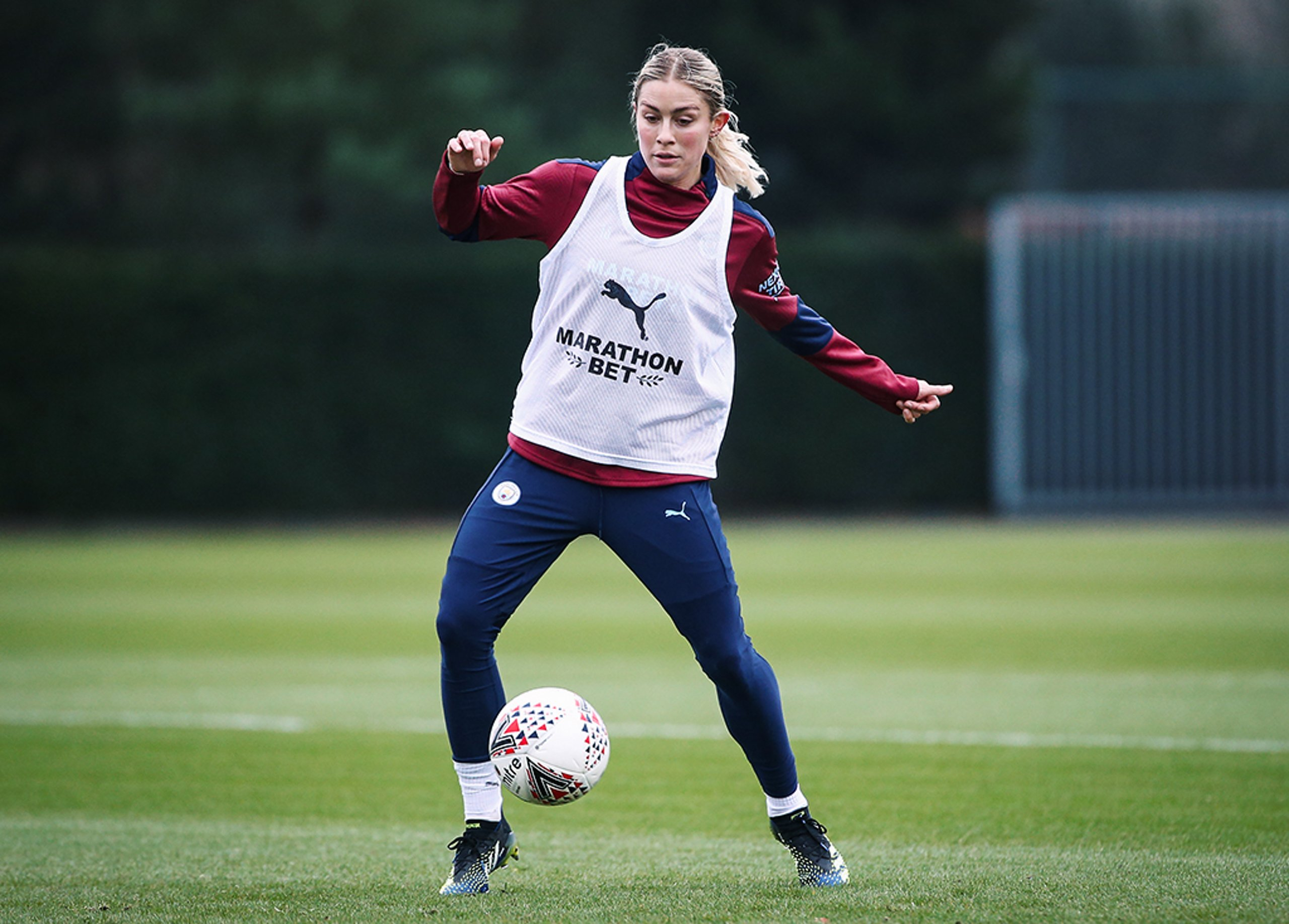Training: Abby Dahlkemper's first session