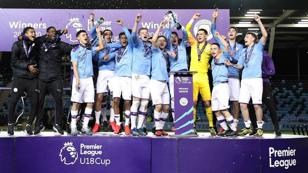 ¡Campeones de la Premier League Cup!