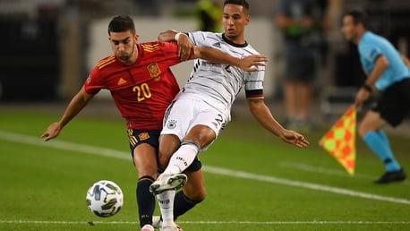 스페인 국가대표팀 데뷔 경기에서 좋은 인상을 남긴 토레스