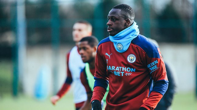 SNOODS YOU SIR! Benjamin Mendy looked the part in his City snood!