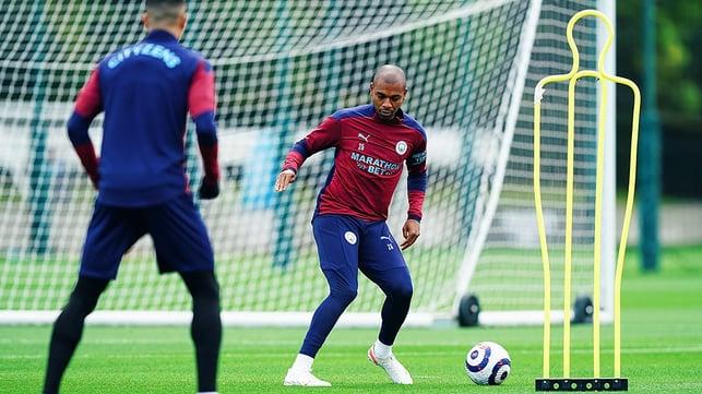 CAPTAIN FANTASTIC: Fernandinho gets match ready!