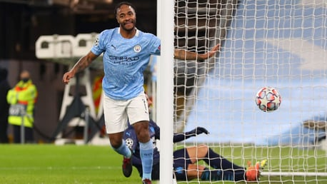 Sterling marca o gol 1000 do Etihad Stadium