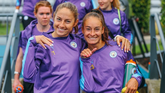 STRIKE A POSE : Janine Beckie and Tessa Wullaert smile for the camera