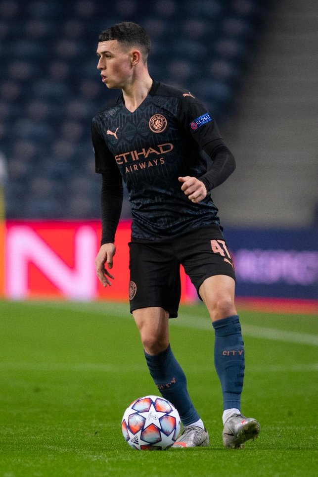 FANTASTIC MR FODEN: Our midfielder looks to unlock the Porto defence