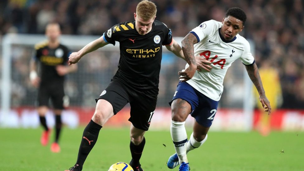 BATTLE : De Bruyne looks to inspire City to an equaliser.