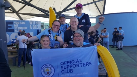 Manchester City OSC supporting Manchester City Women