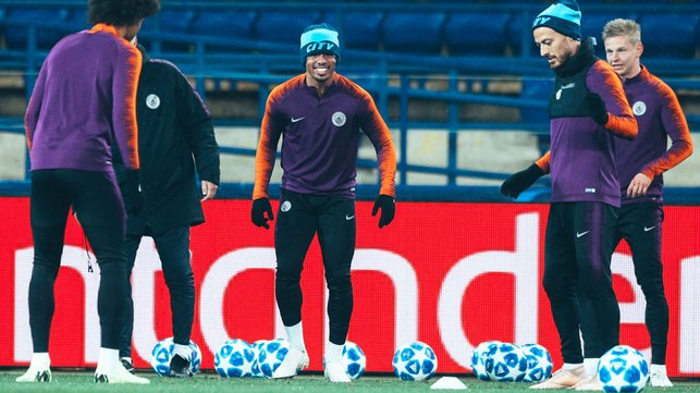 BUOYANT BLUES : A relaxed mood in the camp!